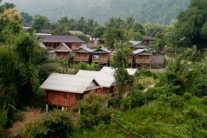 Nong_khiaw_maison_village